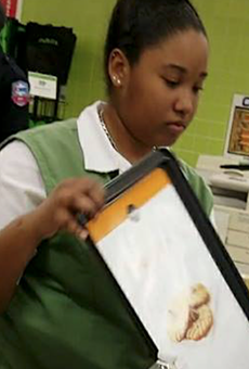 A Publix employee paid the difference for a customer who couldn't afford their Thanksgiving groceries