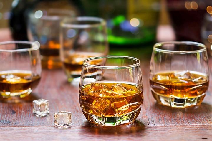 gal_orlando_whiskey_fest_shutterstock_507996604.jpg