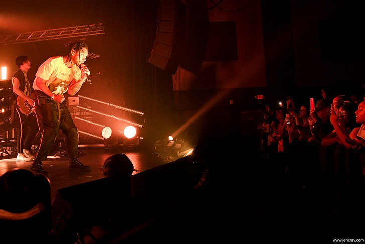 Miguel at the Plaza Live - JEN CRAY