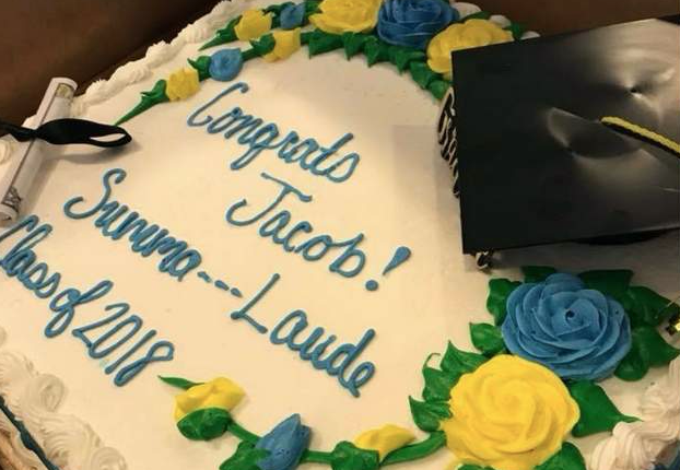 Stupendous Publix Censors Summa Cum Laude On Graduation Cake Blogs Personalised Birthday Cards Bromeletsinfo