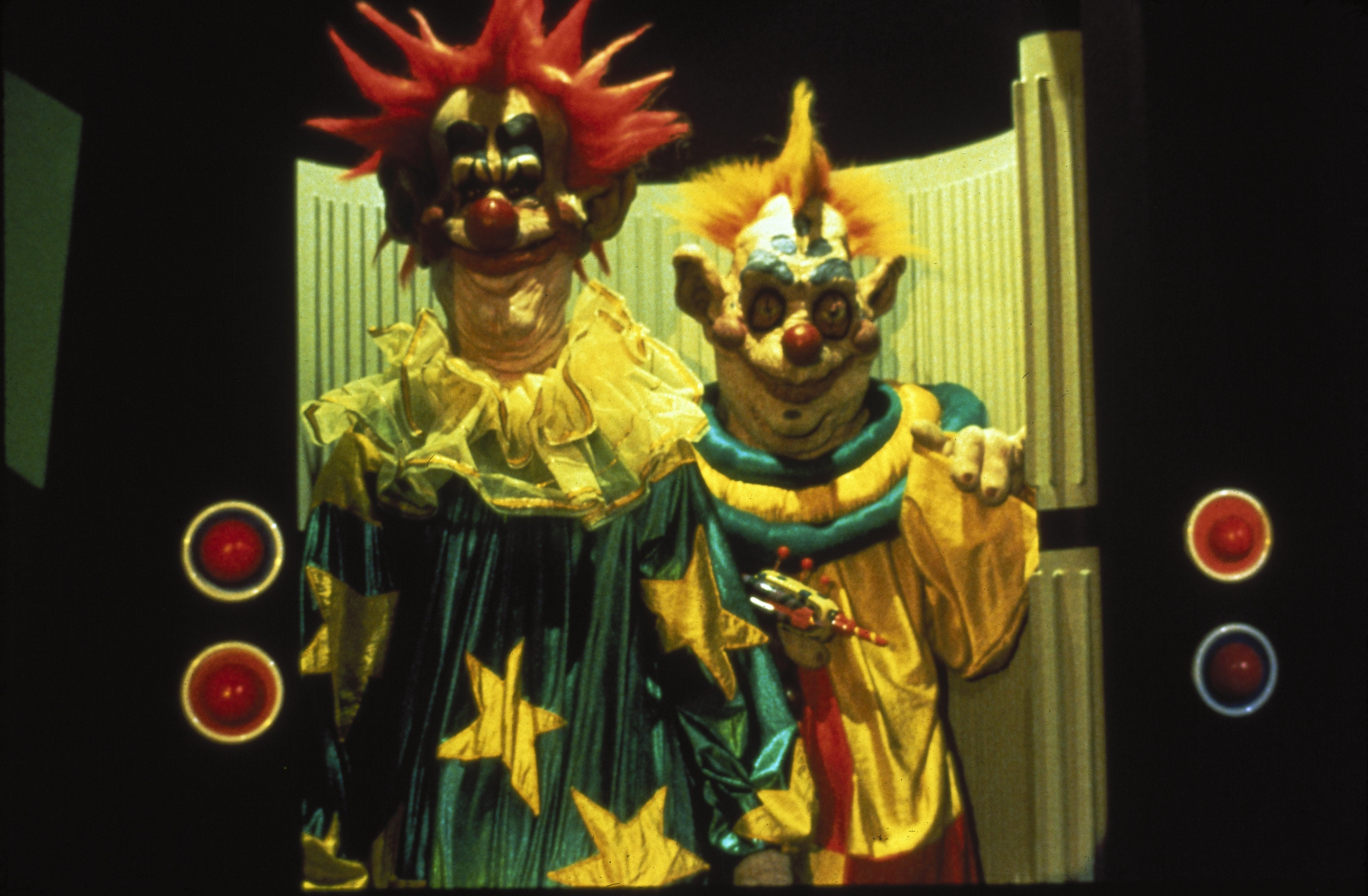 universal announces chucky and killer klowns from outer space