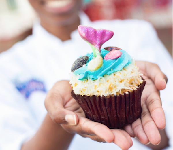 Mermaid Cupcake at BoardWalk Bakery in Disney's BoardWalk - PHOTO VIA WALT DISNEY WORLD