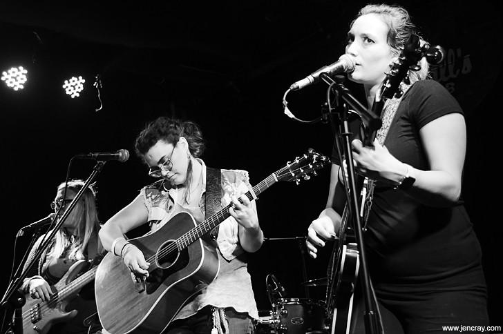 Amy Robbins, Gailanne Amundsen and  Renee Arozqueta at Will's Pub - JEN CRAY