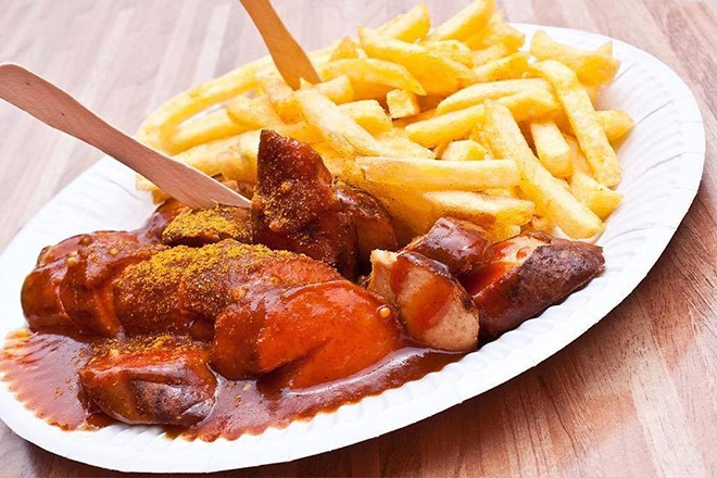 gallery_no_1_currywurst_truck.jpg