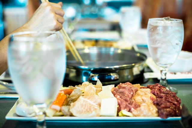 HOTTO POTTO PHOTO BY ROB BARTLETT