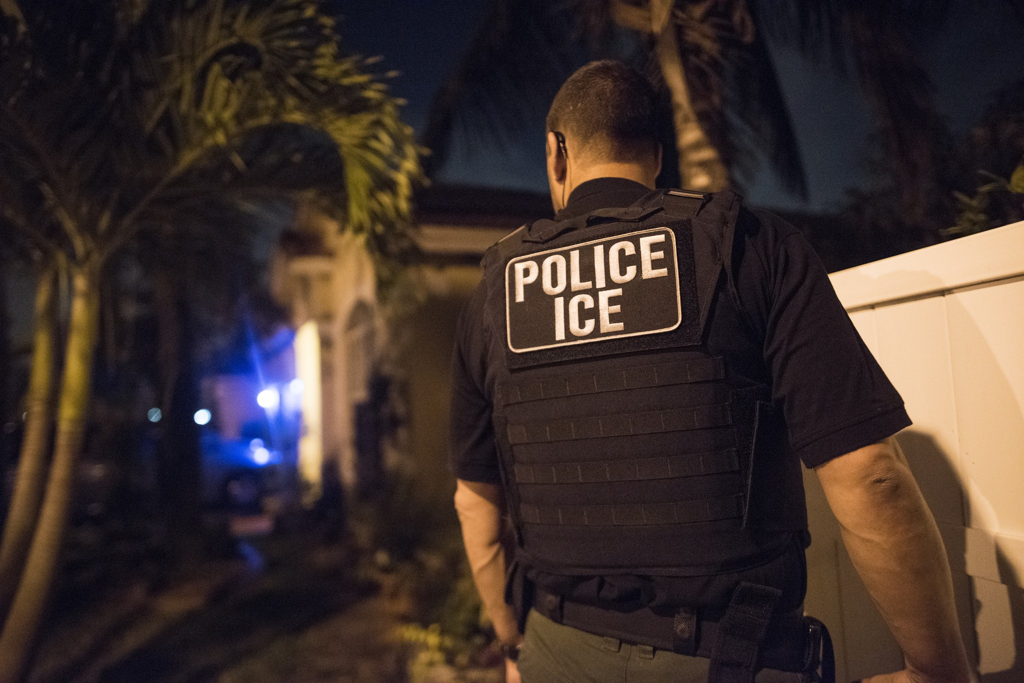Florida wants to deputize state prison guards as ICE agents