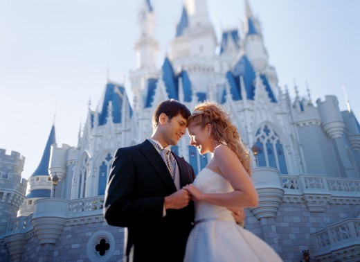 PHOTO VIA DISNEYWEDDINGS.COM