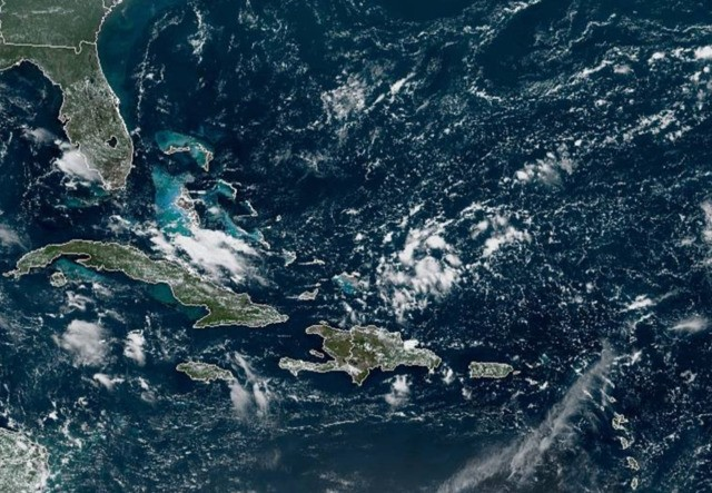 Tropical wave in Bahamas could develop in Gulf of Mexico