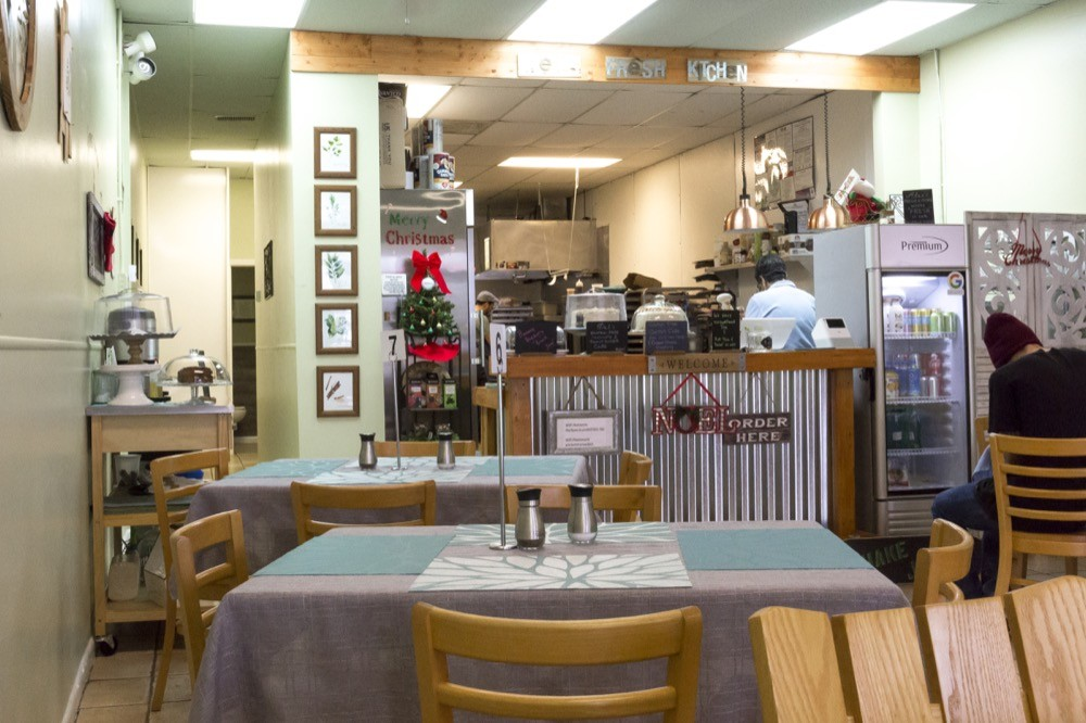 Alex S Fresh Kitchen A New Diner In Casselberry Is Not Like The Others Restaurant Review Orlando Orlando Weekly