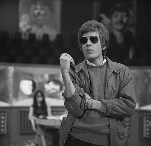 Scott Walker - SCREEENSHOT FROM DUTCH TV PROGRAM 'FENKLUP BEELD' VIA WIKIMEDIA COMMONS