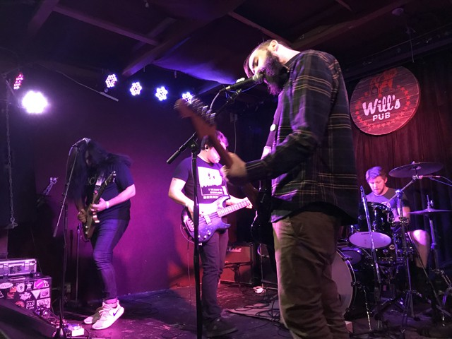 Dikembe at Will's Pub - BAO LE-HUU