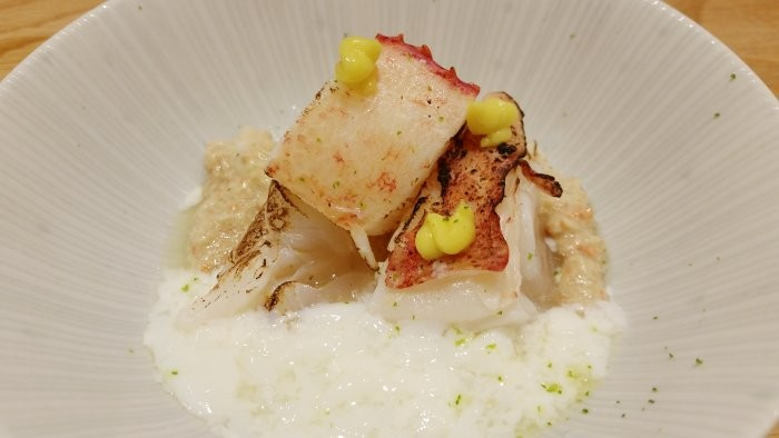 Seared Maine lobster, coral (tomalley) sauce, poached egg white, kimizu (egg and rice vinegar dressing)