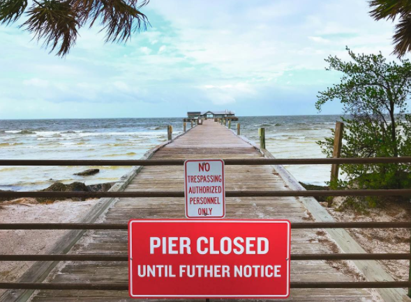 The Anna Maria Pier closed after Hurricane Irma damaged it - IMAGE VIA ANNAMARIASOCIAL | INSTAGRAM