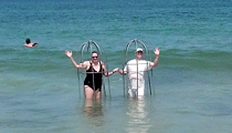 North Carolina beachgoers use homemade cages as shield from sharks