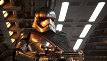 Review: <i>Star Wars: The Force Awakens</i>