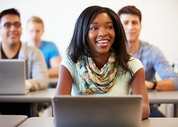 More women than men take online classes at Florida universities