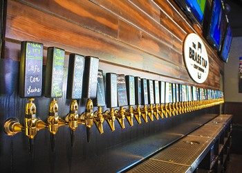 A brief tour of Virginia Drive, Orlando's newest neigh-brew-hood