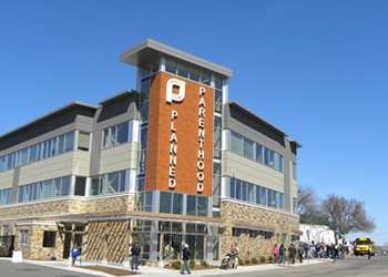 State agency drops case against Planned Parenthood clinics