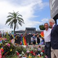 Bill Clinton visits site of Pulse nightclub shooting