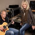 Fleetwood Mac's Lindsey Buckingham and Christine McVie pair up for a spin-off show at the Dr. Phillips Center