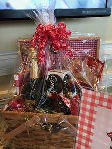 bf7d5d9e_gift_basket.jpg