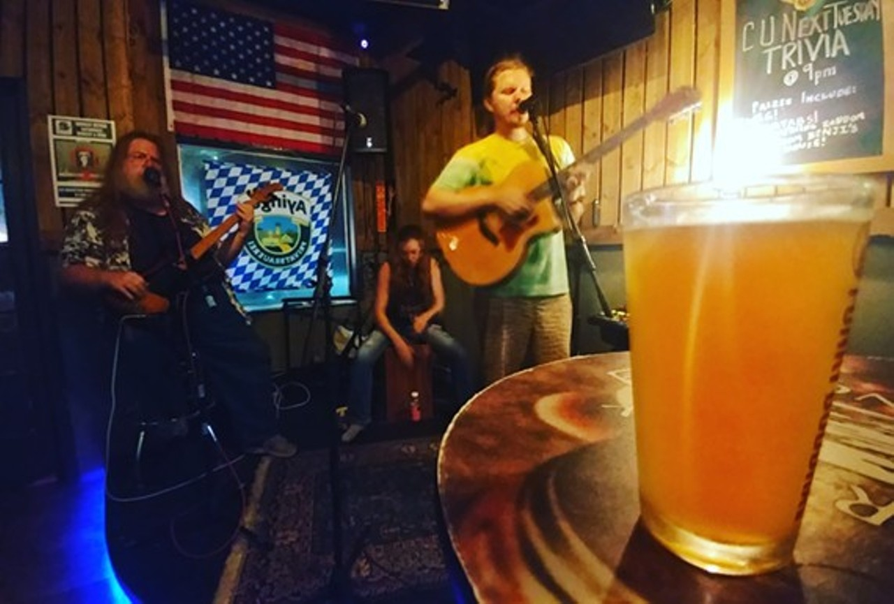 Open Mic Night | Barley and Vine Biergarten | Events