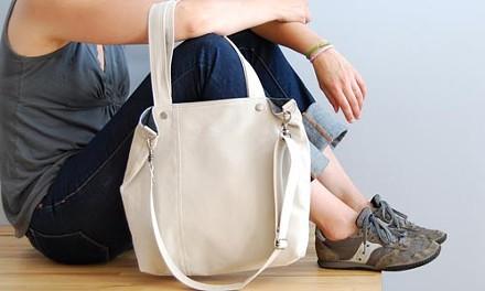 A bag in hand: Moop's tote