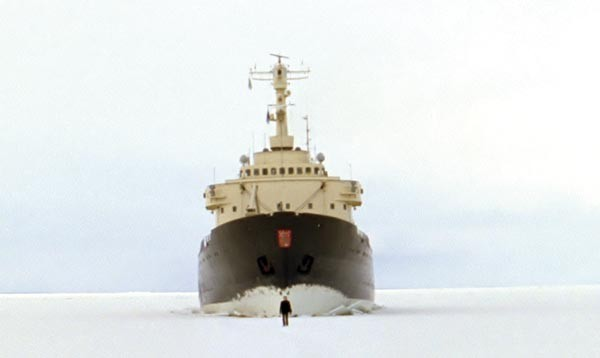 """A real ice-breaker: a still from """"Nummer acht, Everything is going to be alright,"""" a video by Guido van der Werve"""