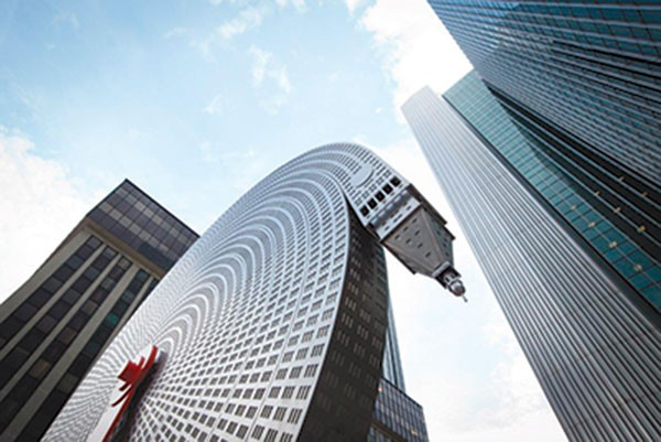 Alexandre Arrechea's, Metropolitan Life Insurance, iconic architecture
