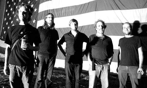 American stars 'n' bars: The Beagle Brothers - KALI GONZALEZ
