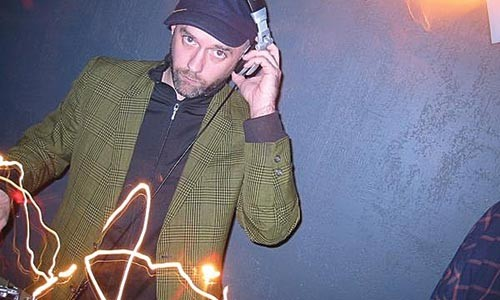 Angry disco: DJ Edgar Um