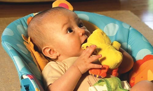 """""""Baby steps"""" can help babies who aren't walking yet."""
