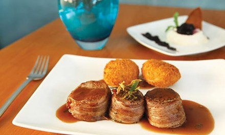 Bacon-wrapped beef tenderloin with potato croquettes - HEATHER MULL
