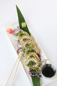 Crispy tuna roll with ponzu sauce - HEATHER MULL