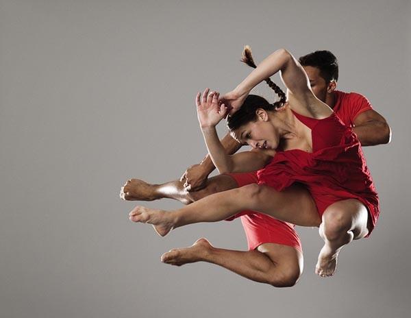 Dancers in Black Grace troupe