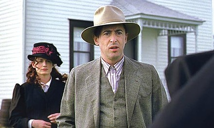 Down on the farm: Elizabeth Reaser and Alan Cumming