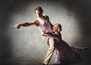 In a U.S. premiere, Pittsburgh Ballet stages a notable ballet version of <i>A Streetcar Named Desire</i>