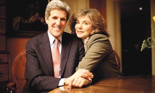 John Kerry and Teresa Heinz Kerry.