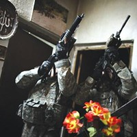 Group photography show <i>HomeFrontLine</i> expands our sense of war's toll.