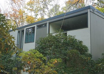 Did the famed Louis I. Kahn design a house in Fox Chapel?