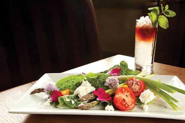 Penn's Corner salad and cocktail