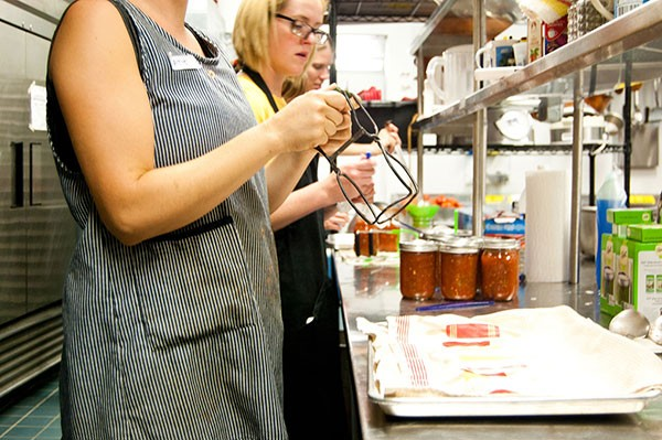 Pittsburgh Canning Exchange's Sept. 8 Community Canning Party