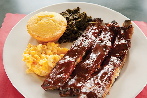 Pork ribs, greens, mac-and-cheese and cornbread at Bama's Southern Kitchen
