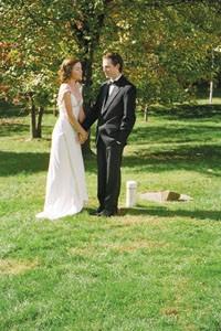 Ripe pair: Julianne Nicholson and Justin Kirk