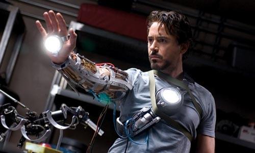 Shop geek: Robert Downey Jr. gets a new hobby.