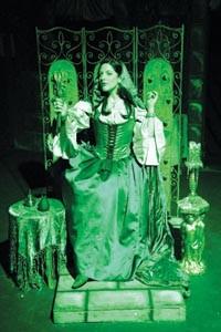 So vain: Allison Scarlett Jaye in Rage of the Stage's Fairest. - COURTESY OF JAMES MICHAEL SHOBERG