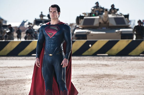 Superman (Henry Cavill) gets ready to rumble.