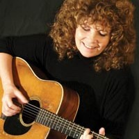 A benefit for Anne Feeney finds Pittsburgh musicians supporting their own