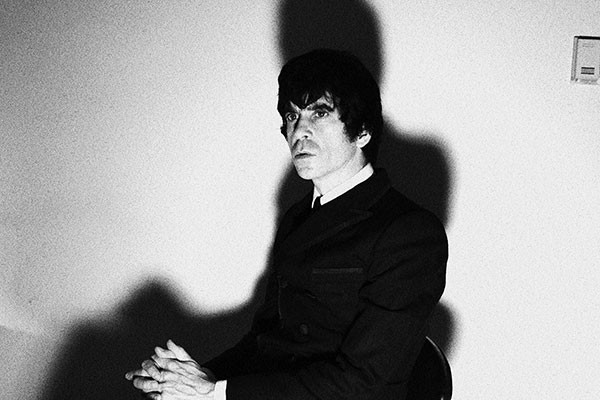 The dead-rock-star whisperer: Ian Svenonius
