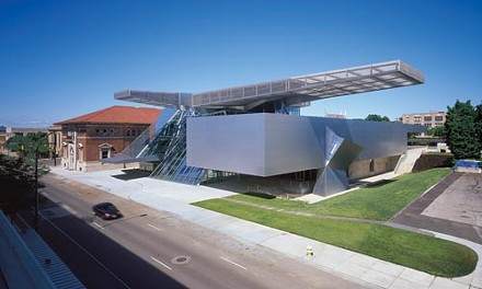 PHOTO COURTESY OF THE AKRON ART MUSEUM, ROLAND HALBE FOTOGRAFIE